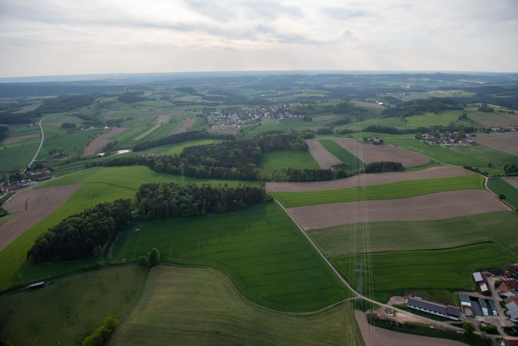 Bayern Gleitschirm-Flug. Die Welt von oben betrachten mit ArcTron Airborne Sensing GmbH